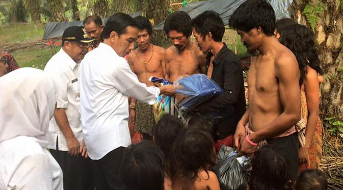 Jokowi dan Suku Anak Dalam via liputan6
