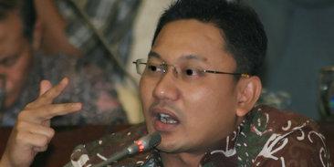 Gus Dur, Militer dan Politik