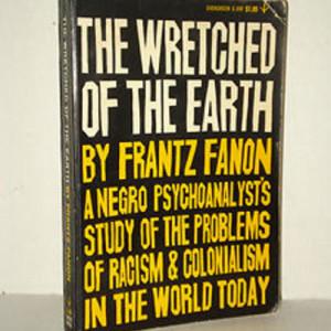 Bumi Berantakan Frantz Fanon 1963