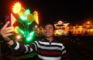 Walikota pun selfie di Balai Kota Malang